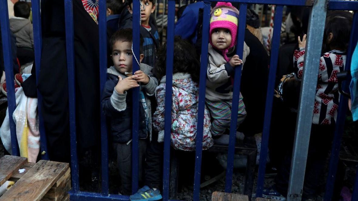 خبرنگاران دویچه وله: آلمان پناهجویان را به حال خود رها نموده است