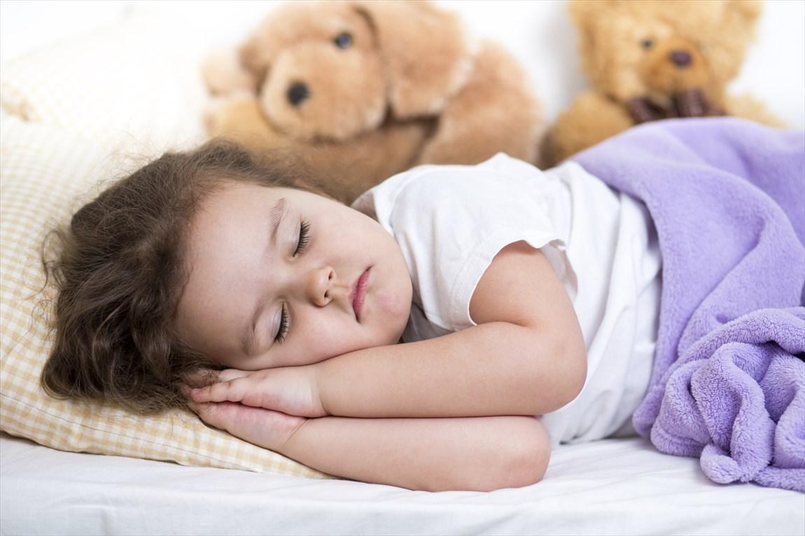 3 دلیل که بچه ها در ساعت 9 به خواب بروند