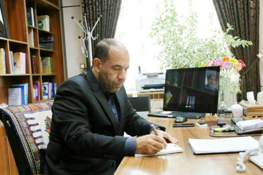 خبرنگاران استاندار خراسان شمالی فرهنگ دوستان را به کتابخوانی رضوی فراخواند