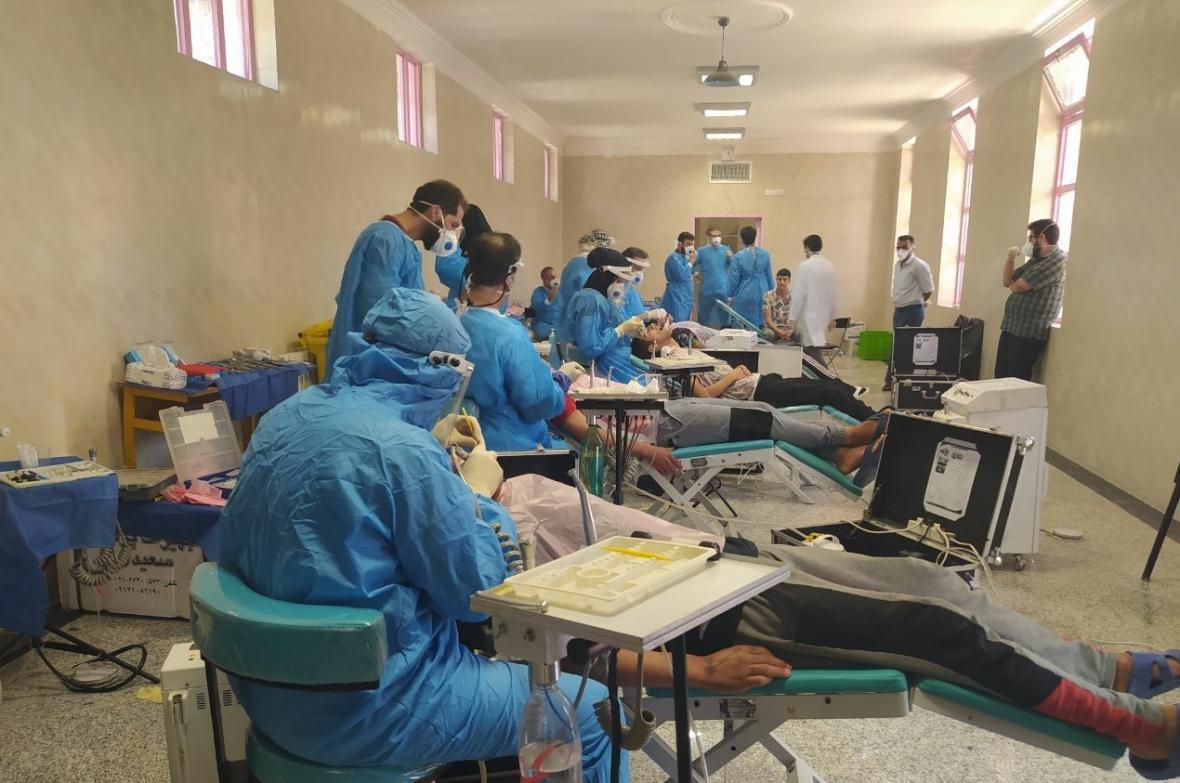 گروه جهادی منتظران ظهور خدمات رایگان دندانپزشکی به زندانیان ارائه کردند