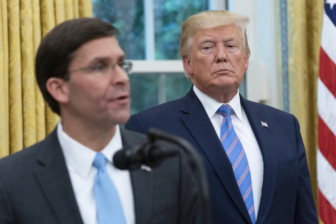 خبرنگاران عصبانیت ترامپ از وزیر دفاع آمریکا