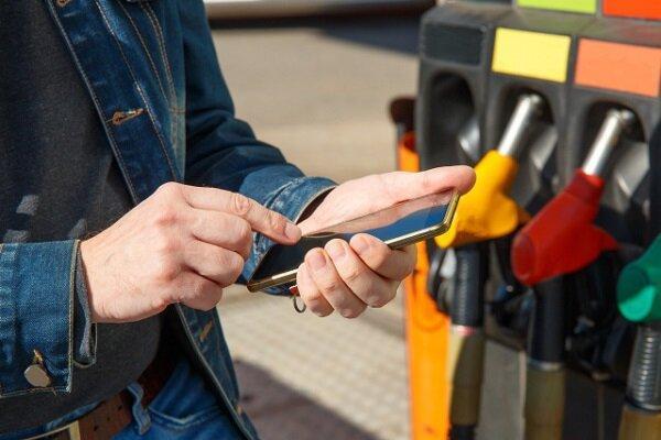 پرداخت هزینه پمپ بنزین با دستیار صوتی الکسا