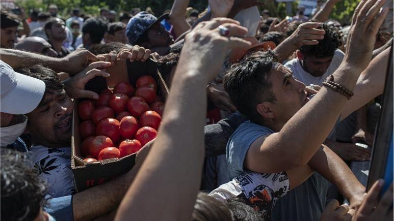 کمپ مهاجران در یونان توهین به ارزش هاست