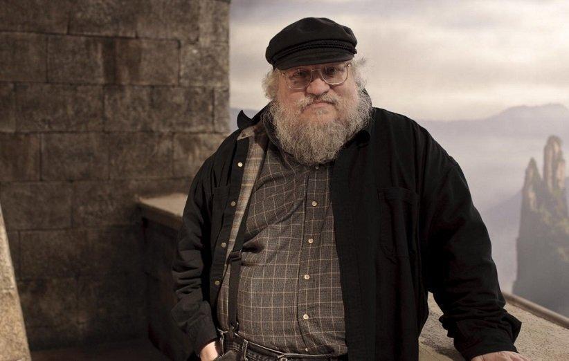 جرج آر. آر. مارتین از مرگ شاه رابرت در سریال بازی تاج و تخت متنفر است