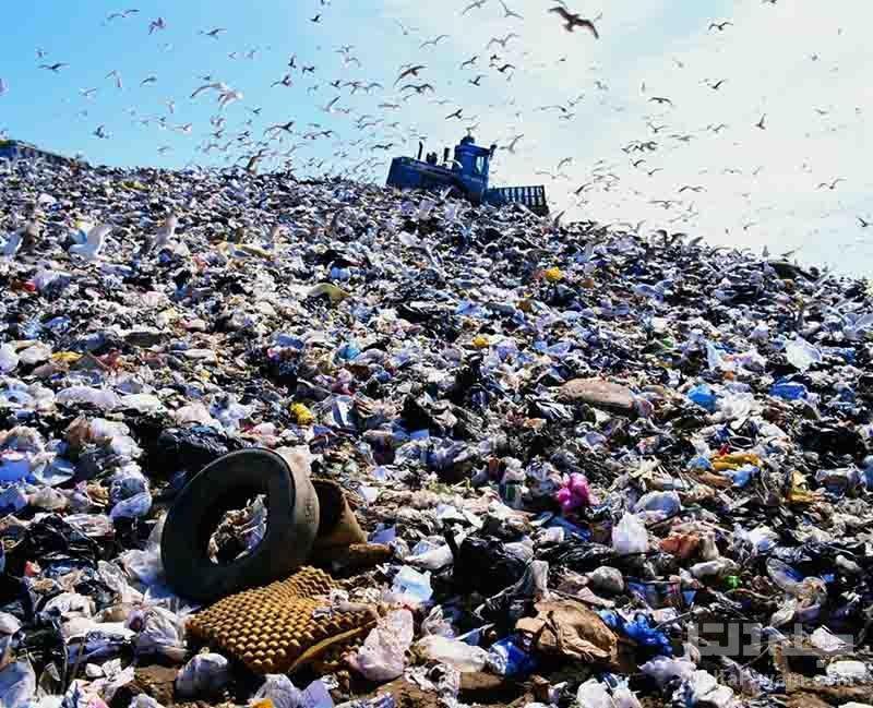 تبدیل زباله پلاستیکی به گاز هیدروژن و نانولوله های کربنی